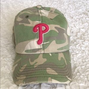 Women's Phillies Camo Baseball Hat